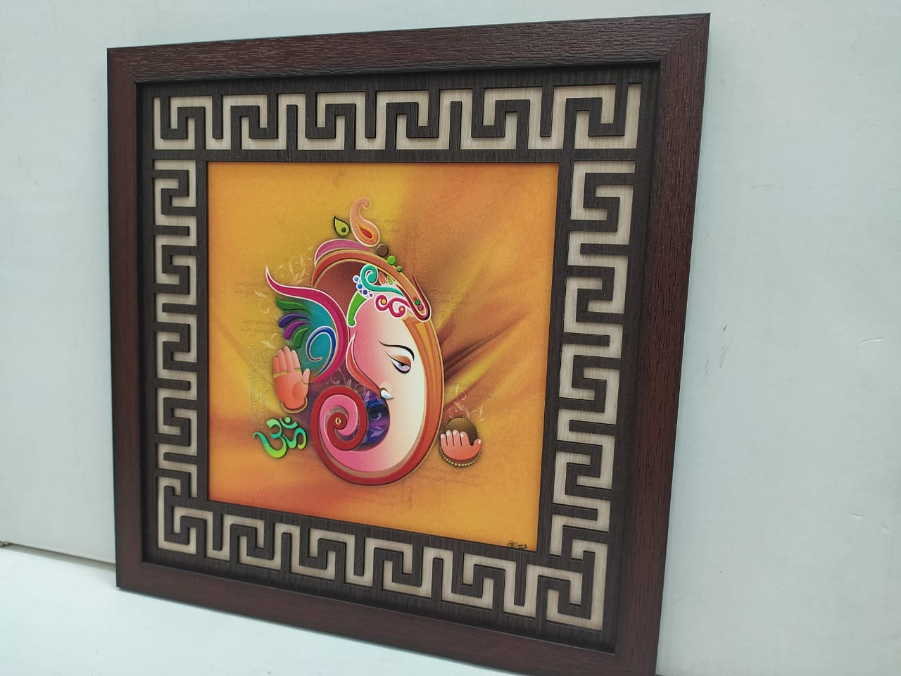 Ganesha wall hanging picture frame with cut design frame   CT260