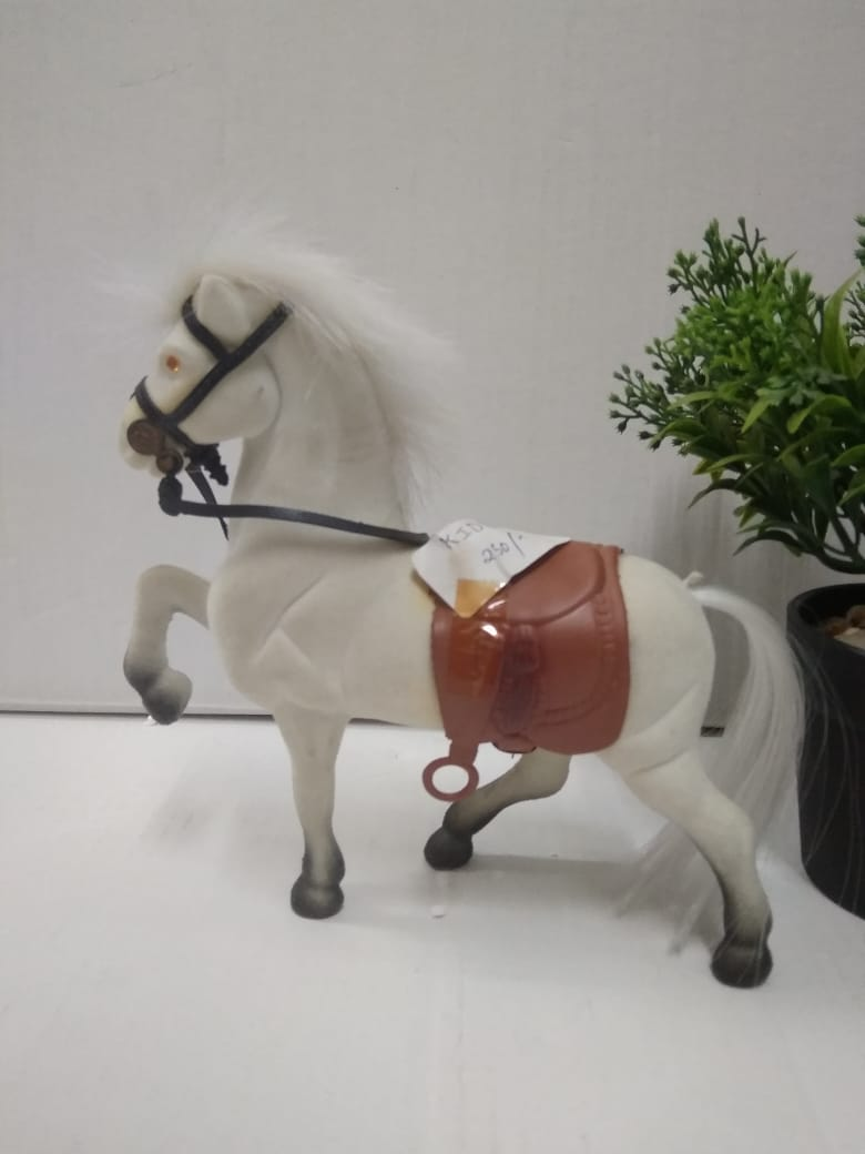 Buy Beautiful white horse KID8Online