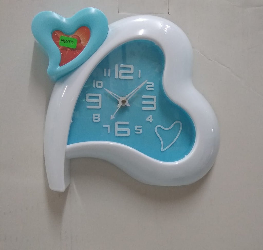 Two hearts shape table clock with photo frame  AK51