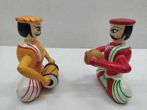 Chennapatna toy ,musicians   SEA015