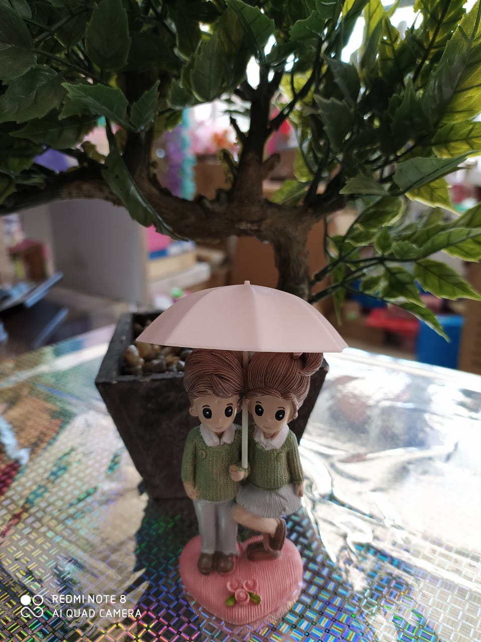 Buy Cute Couple with umbrellaOnline