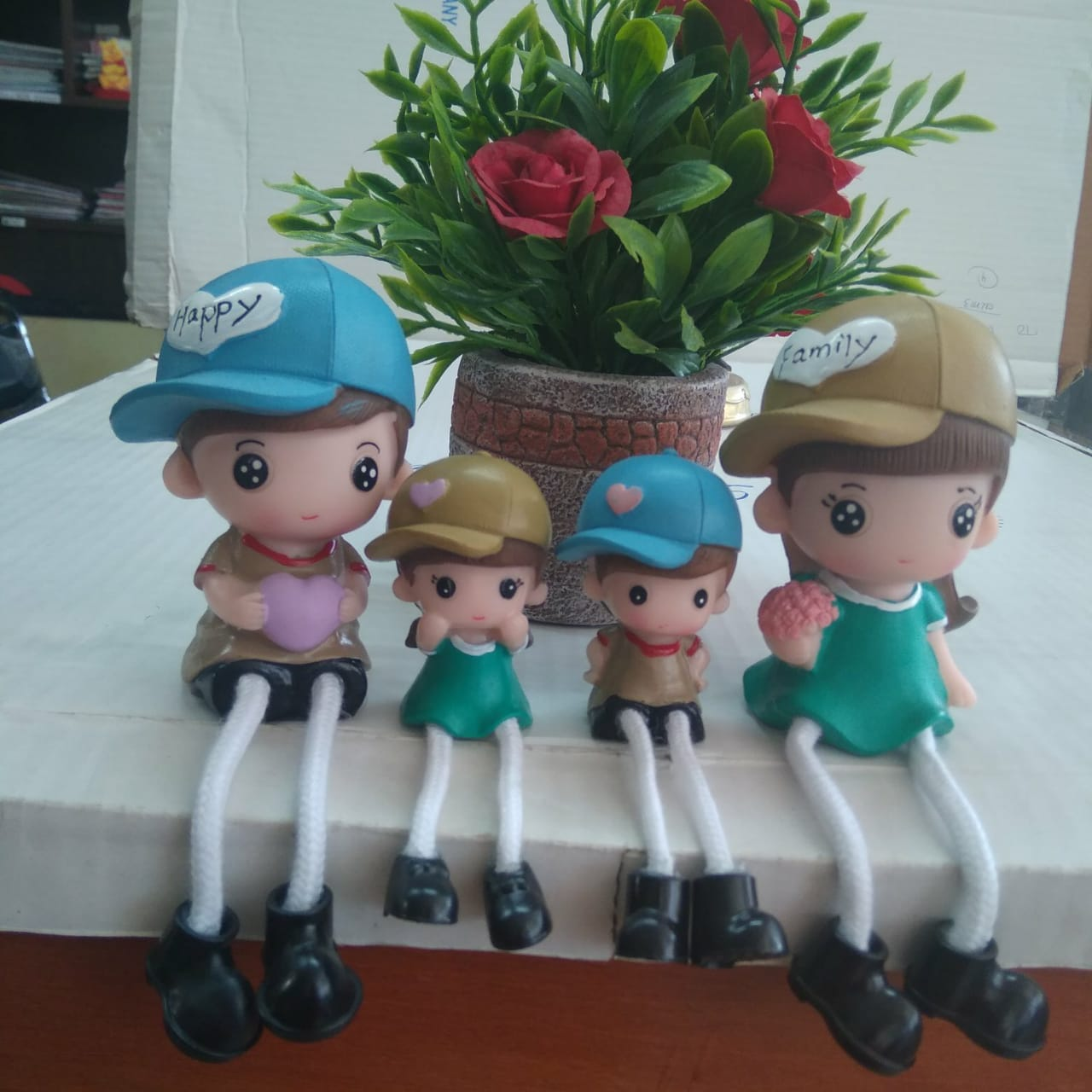 Dolls Family of four CT208