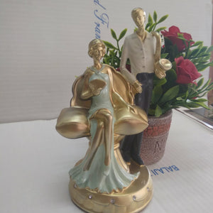 Beautiful Couple Figurines SPA0090