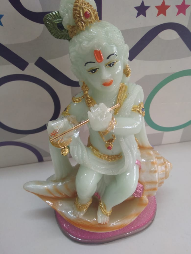 Cute Little Krishna with flute M13