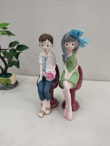 Lovers Sitting in Stool Couple Showpiece F095