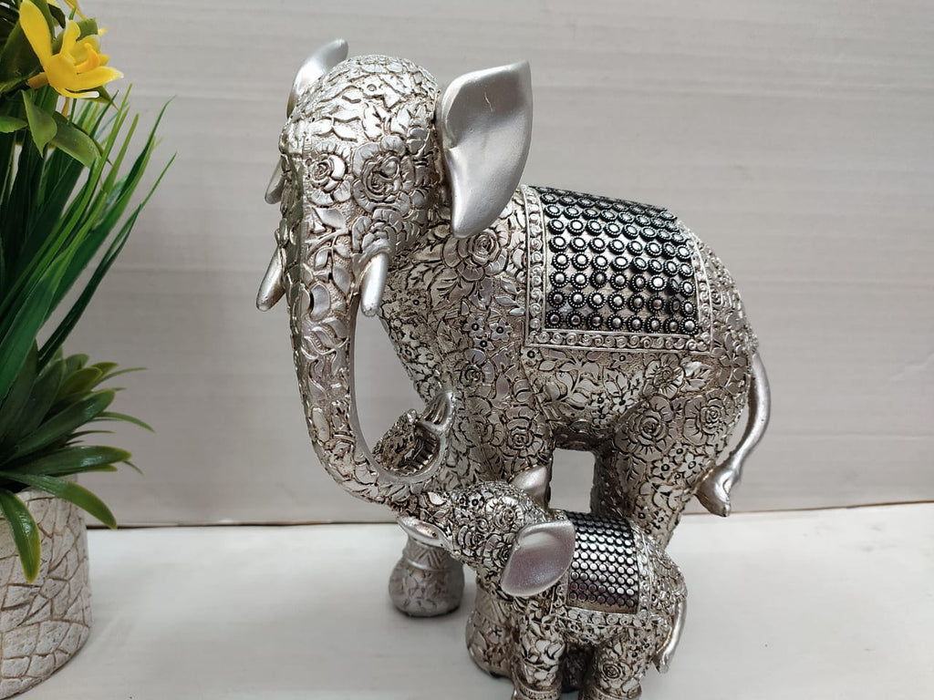 Elephant mother with child showpiece F003