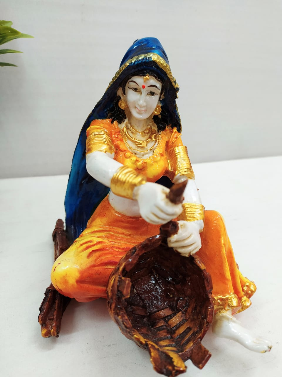 Rajasthani lady with Tokri showpiece CT110