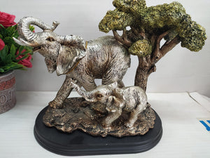 Mother and baby elephants Showpiece DE148
