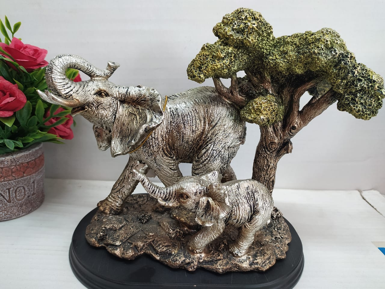 Buy Mother and baby elephants Showpiece DE148 Online