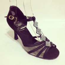 "Load image into Gallery viewer, Grace Black 2.7"" Heel"
