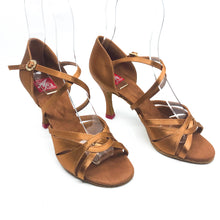 "Load image into Gallery viewer, Emma Dark Tan 3.2"" Heel"