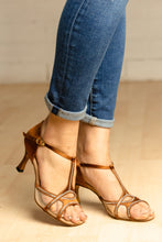 "Load image into Gallery viewer, Daisy Dark Tan 2.7"" Heel"