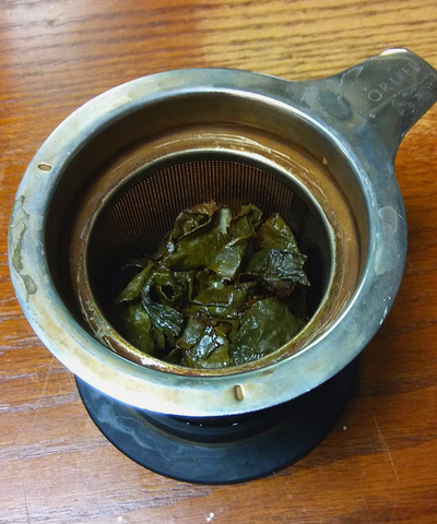loose tea leaves brewed