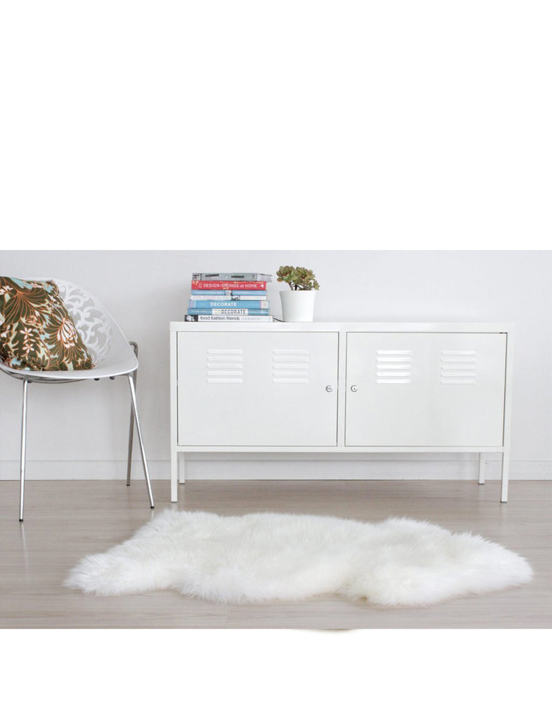 Medium - Single Long Wool Sheepskin Rug