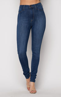 Vibrant Classic Denim Stretchy High Rise in Medium Wash