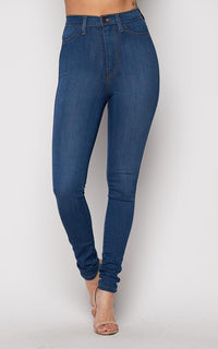 Vibrant Super Stretch High Rise Jeans in Medium Wash (1-3XL)