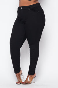 Plus Size Basic Push-Up Denim Skinny Jeans - Black - SohoGirl.com