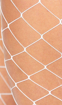 Fence Net Pantyhose in White