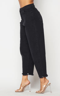 Vibrant Frayed Slouchy Denim Mom Jeans - Vintage Black