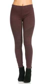 Ribbed Biker Ankle Zipped Jeggings in Wine