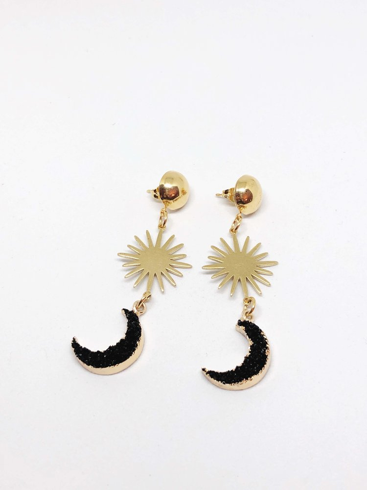 Finds - Black Moon Drops