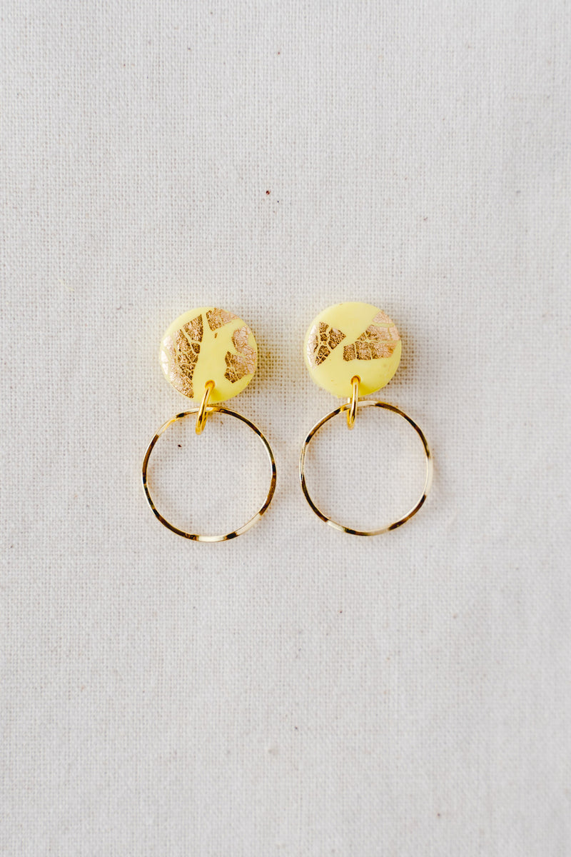 Planet gold small dangle earrings (yellow)