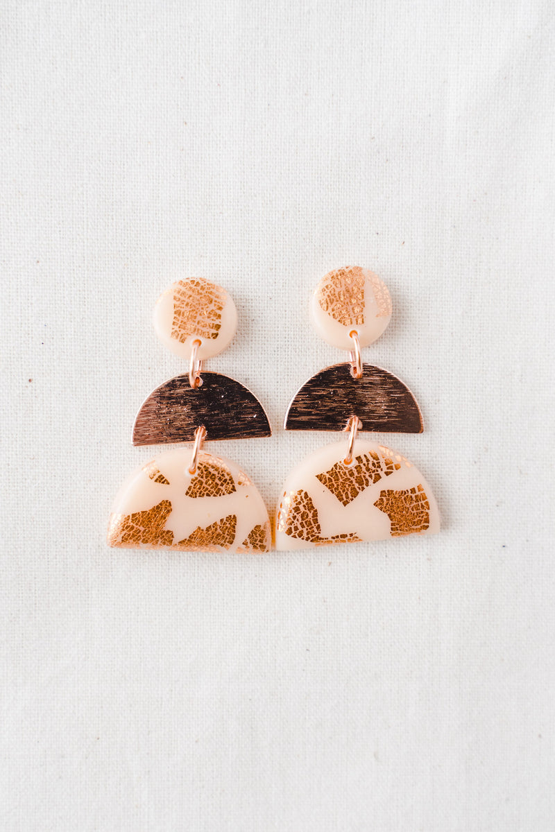 Moonlight Dangle Earrings [rose gold plated] (nude peach)