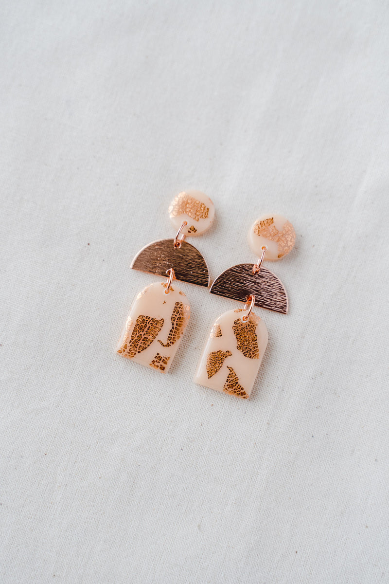 Dusk Dangle Earrings [rose gold plated] (nude peach)