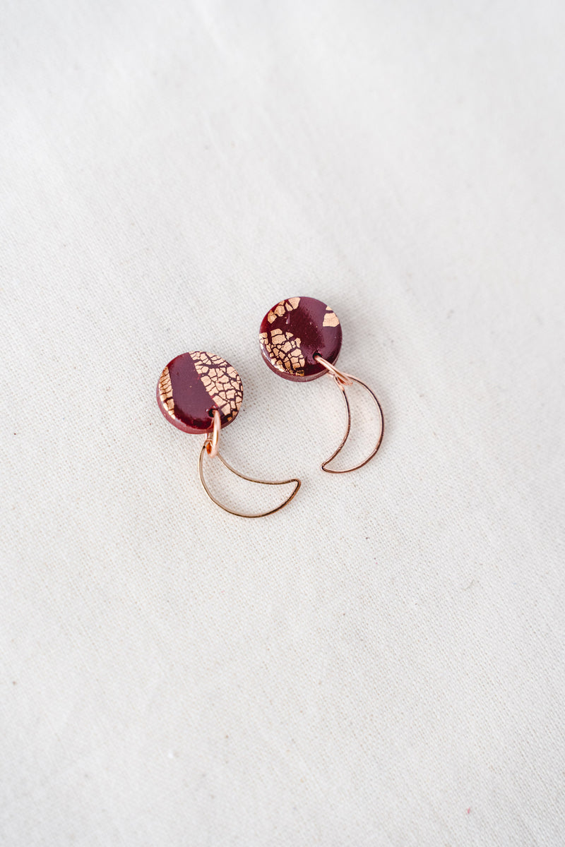 Moon rise gold small dangle earrings (wine + rose gold)