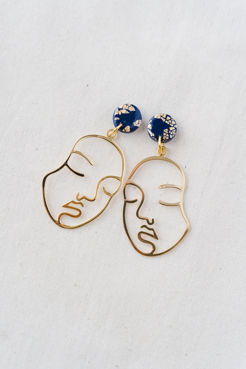 Sister dangle earrings (navy)
