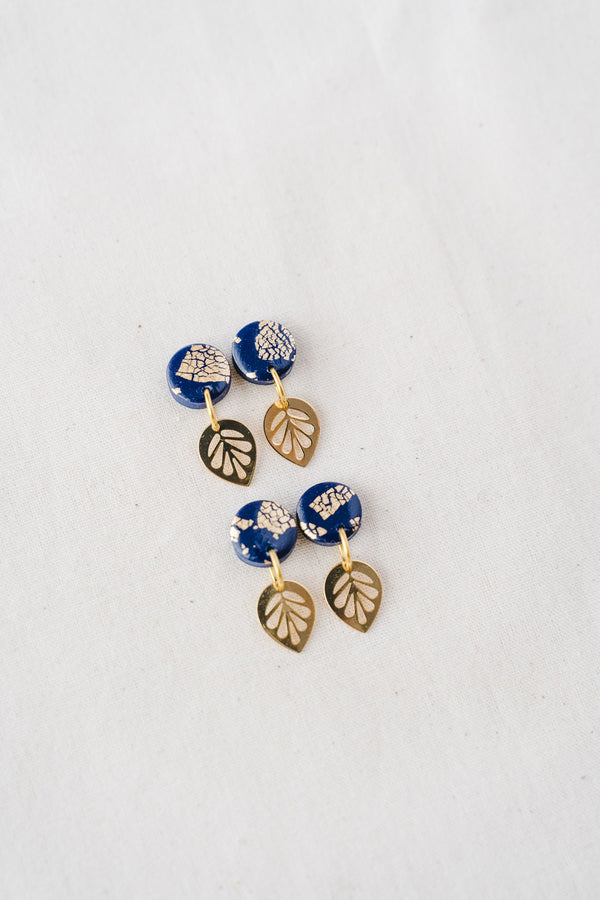 Lily gold small dangle earrings (navy)