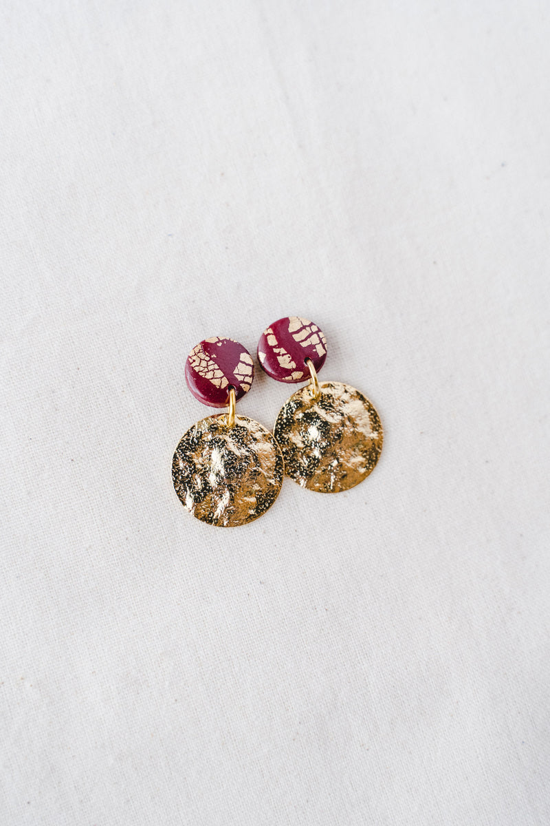 Lola small dangle earrings (wine)