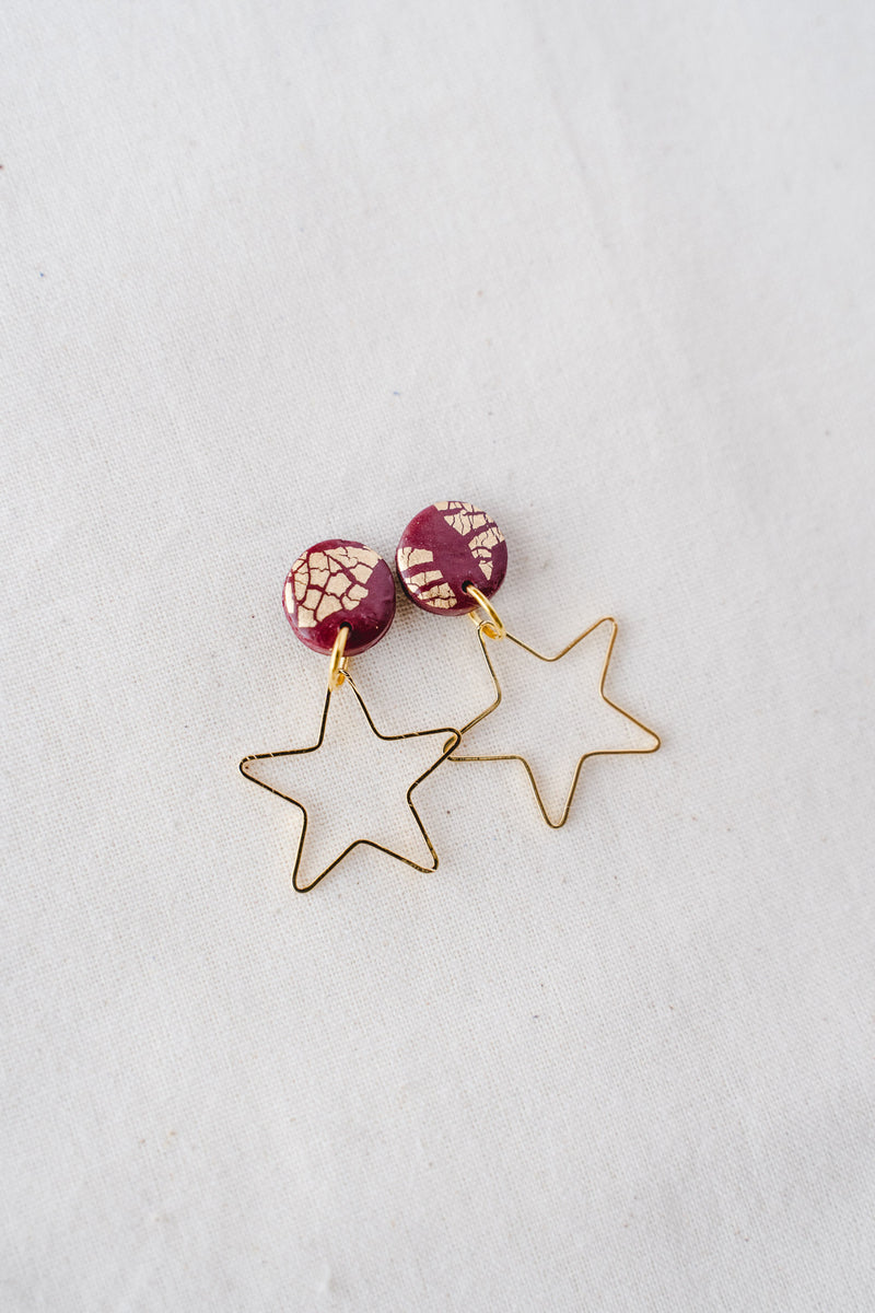 Star burst gold small dangle earrings (wine)