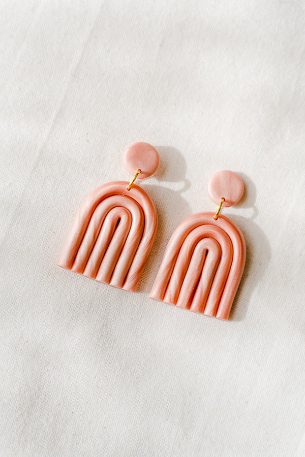 Rainbow clay earrings (pink pearl)