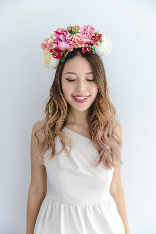 statement flower crown | creamy pink