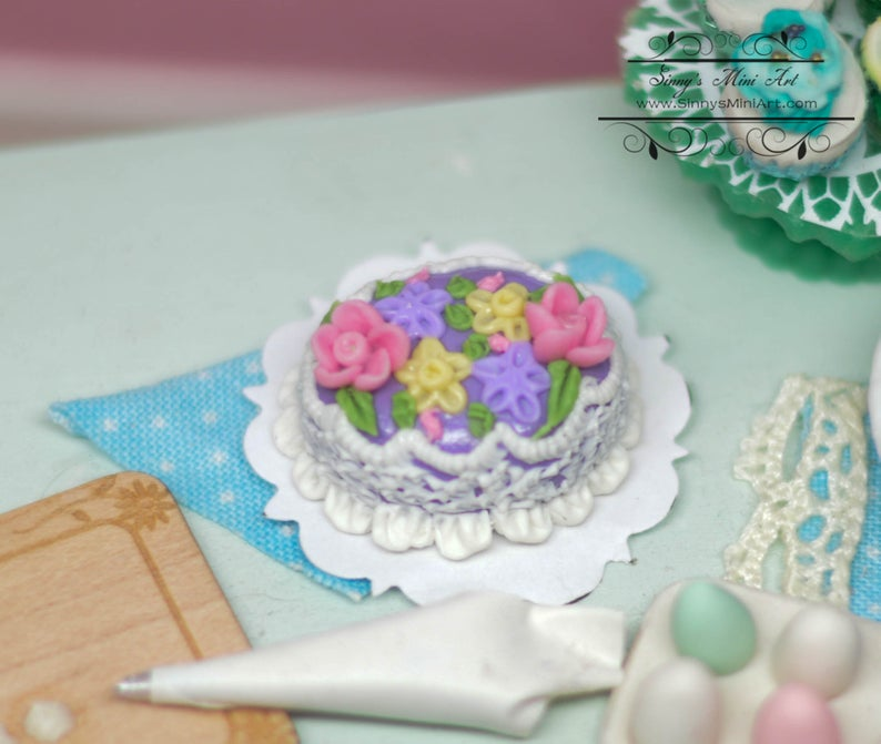 1:12 Dollhouse Miniature Fancy Easter Cake BD K1088