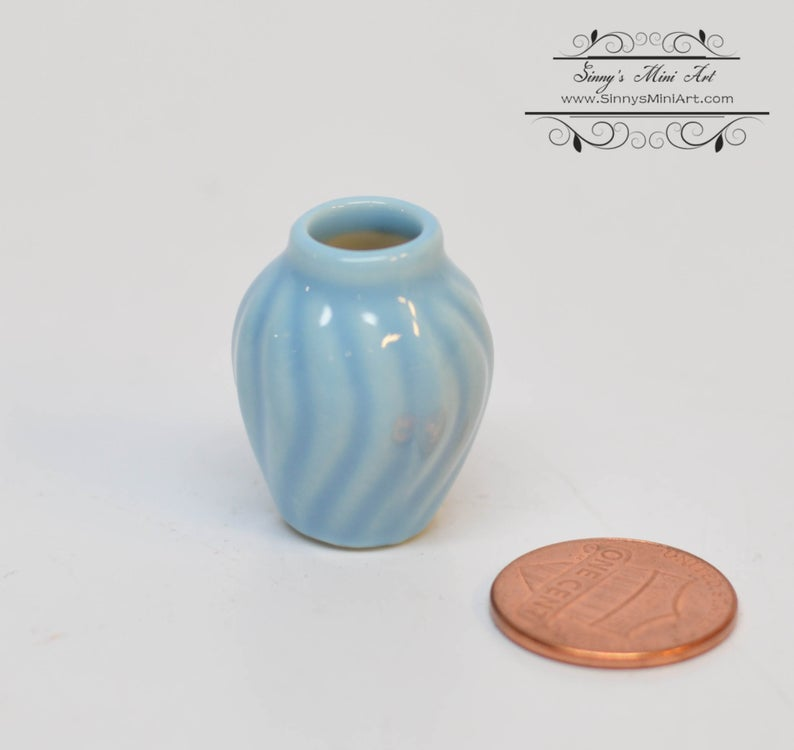 Discontinued 1:12 dollhouse miniature Ceramic Royal Yellow Swirl Parr wen Vase BD B172
