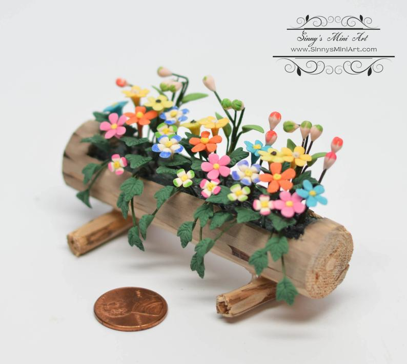 1:12 Dollhouse Miniature Spring Flowers in Log Planter BD A250