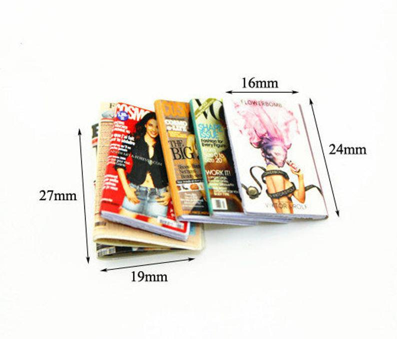 1:12 Dollhouse Miniature Magazine Doll Magazine Doll Book C92