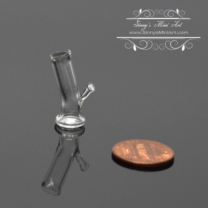 Discontinued 1:12 Dollhouse Miniature Glass Water Pipe Bong BD HB425