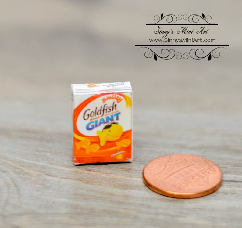 1:12 Dollhouse Miniature Goldfish Crackers / Miniature Snack Food BD H511