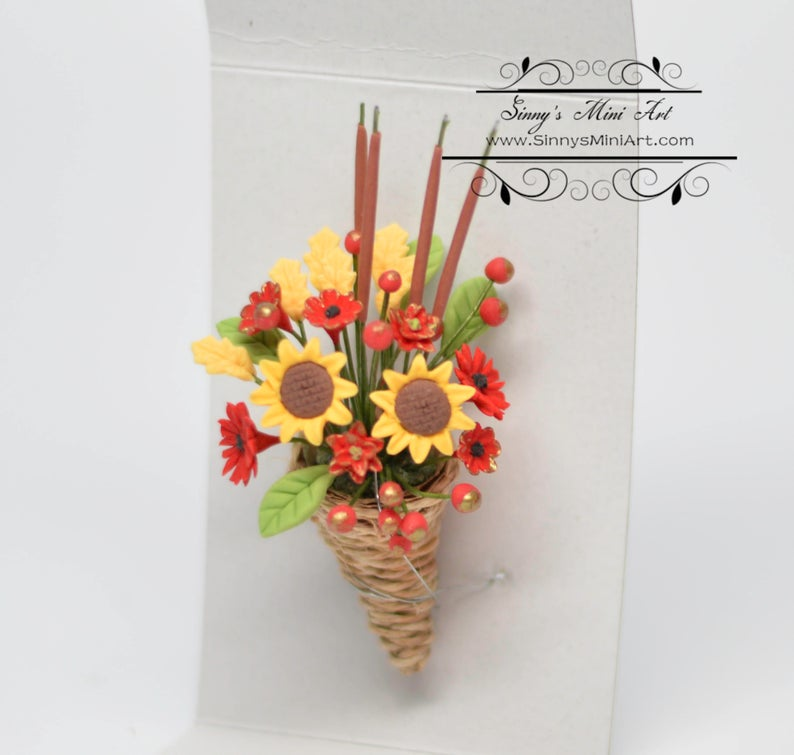 1:12 Dollhouse Miniature Floral Cornucopia Arrangement/ Miniature Flowers BD A201
