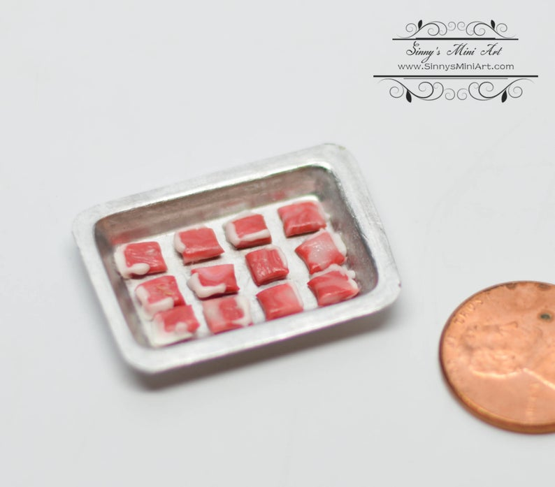 1:12 Dollhouse Miniature Lamb Chops on Baking Pan/ Miniature Meat BD F275