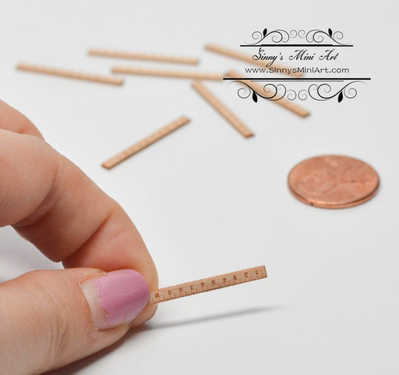 1:12 Dollhouse Miniature Short Ruler/ Miniature Sewing FS510