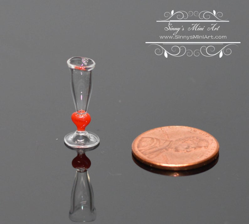 1:12 Dollhouse Miniature Glass Flute with Head Design/ Miniature champagne Cup BD HB069