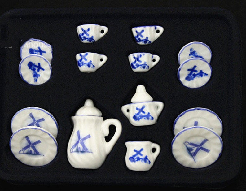 A set (15 pc) of 1:12 Dollhouse Miniature Tea Set/ Miniature plates B35-7