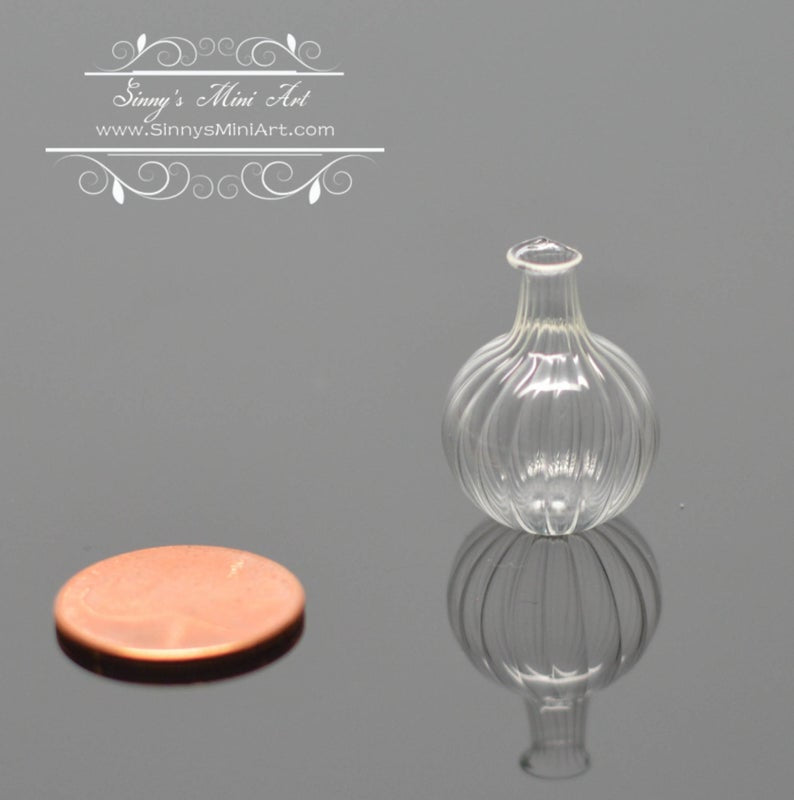 1:12 Dollhouse Miniature Ribbed Glass Onion Jar BD HB512