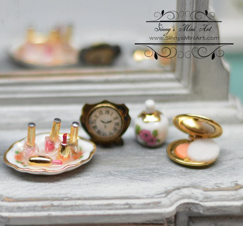 1:12 Dollhouse Miniature Perfume and Compact Set / Makeup RP 1.716/5
