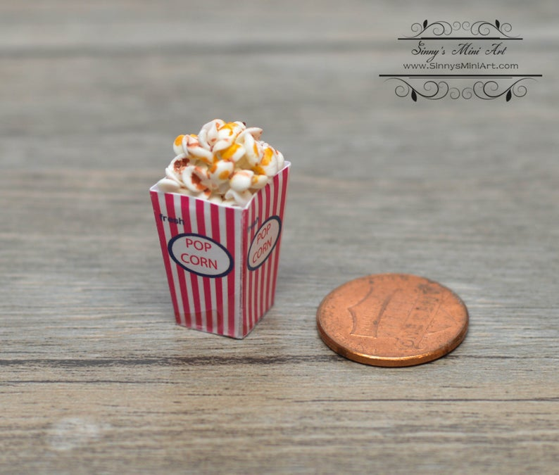1:12 Dollhouse Miniature Popcorn in Box BD F019