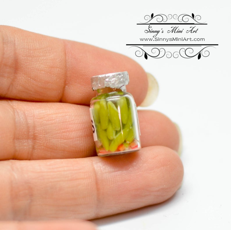 1:12 Dollhouse Miniature Jar of Pickles BD K2715